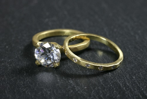 yellow gold diamond rings with wedding bands